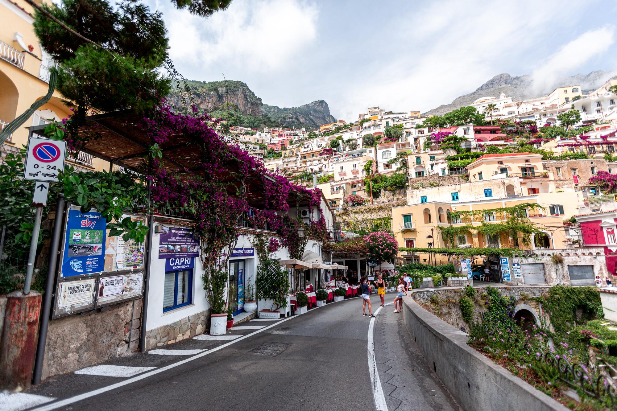 czy warto pojechać do positano, ceny, hotele w positano, wybrzeże amalfi, positano - czy drogo, jedzenie positno, positano co zobaczyć