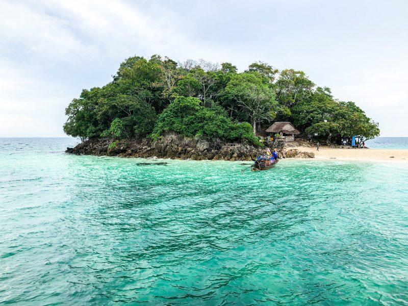 Tajlandia – Co zobaczyć w Krabi? Rajskie wyspy i plaże, które trzeba odwiedzić