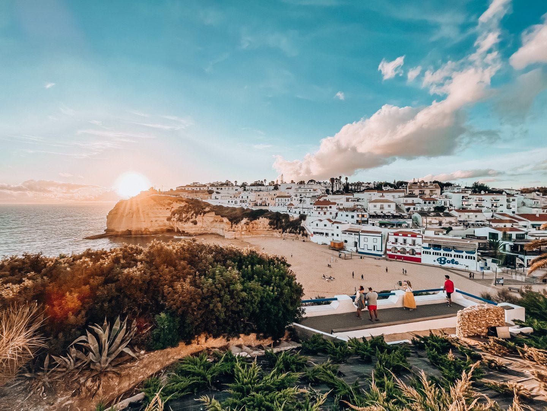 gdzie na wakacje jesienią, wakacje w październiku, wakacje w listopadzie, wakacje we wrześniu, algarve jesienią, portugalia
